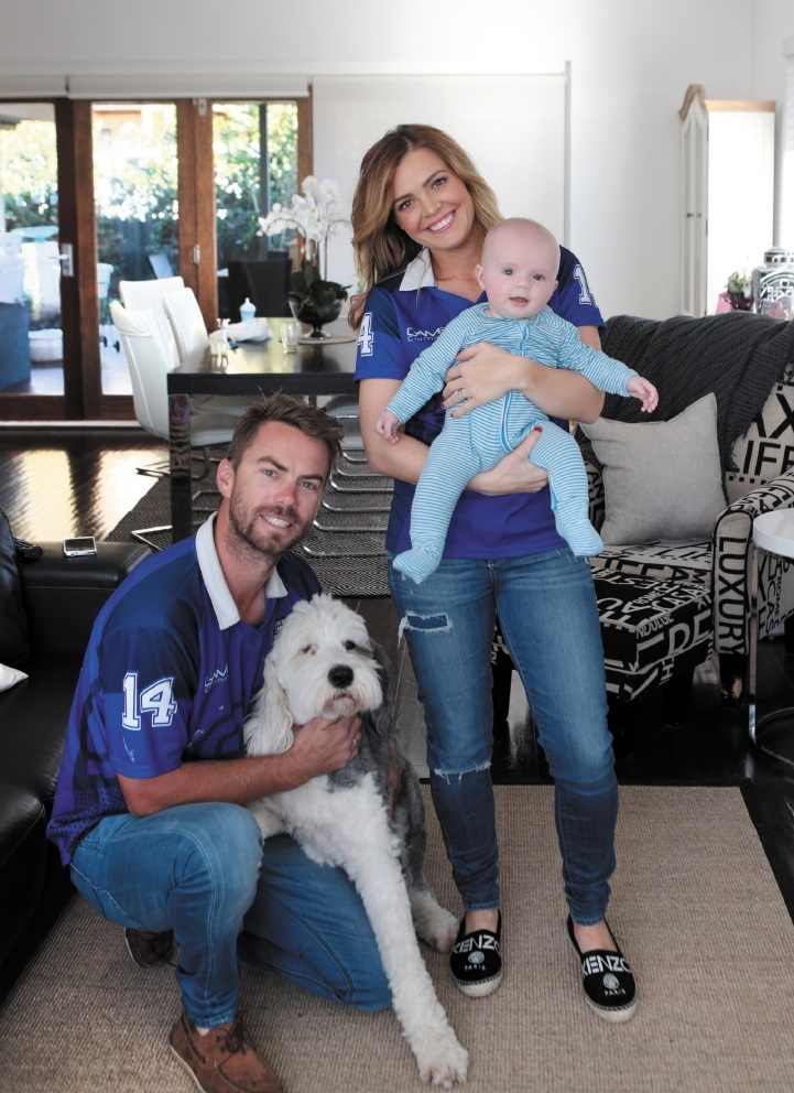 Ben and Jemma Van Ryt with their son Thomas and dog Lola. |Picture: Martin Kennealey         d437755