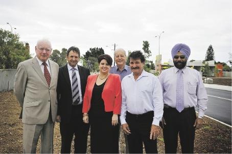 From Left: Cr Don McKechnie, Sen Glenn Sterle, Alyssa Hayden, Cr Bob Emery, Peter Cinnati and Kanwal Singh.  Picture: Emma Reeves www.communitypix.com.au   d370298