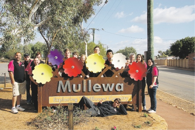 A StormCo team in Mullewa.