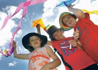 Tahlia Davis, Moflly O'Hehiar and Shayla Ulyatt from Year 4 at Sawyers Valley Primary School join the harmony Day celebrations. Picture: Robin Kornet d397999