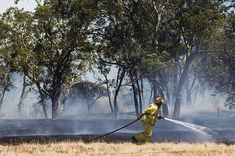 A serial arsonist is believed responsible for a series of fires in the Shire of Mundaring since the start of the year that have kept firefighters busy. Picture: Matthew Poon www.communitypix.com.au d396808