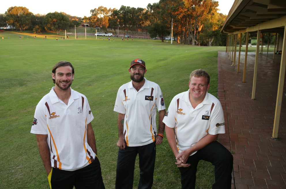 Bulls lead coach Andrew Di Loreto, seconds coach John Cotterell and president Brendan Currie.         d454008