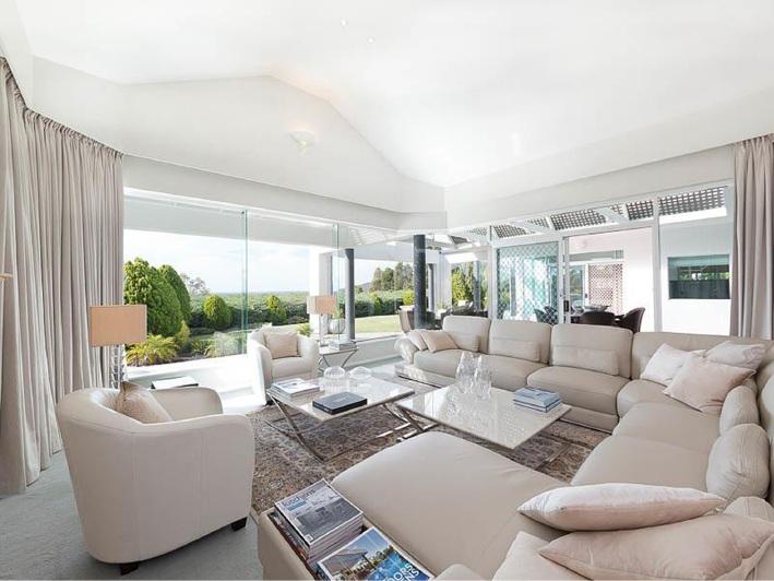 Mount Nasura, 17 Rushton Terrace – $1.49 million