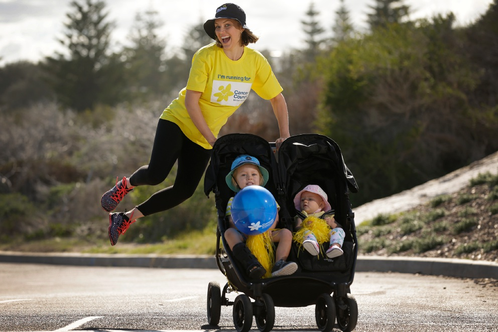 Simmone Sharp with Griffin (2) and Rosie (8 months) will run to raise funds for the Cancer Council in memory of her mum. Picture: Andrew Ritchie         www.communitypix.com.au   d454013