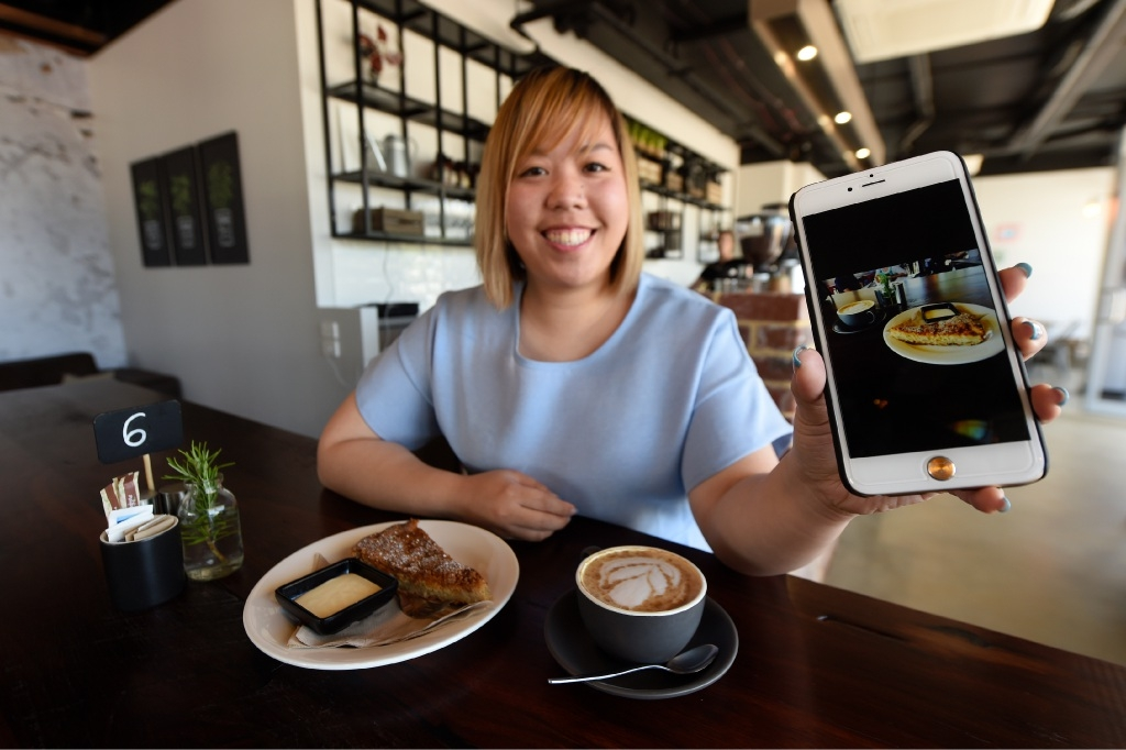 For Inex Palit, photographing her food has become as much a part of the experience of |eating out as the food itself. Picture: Jon Hewson        www.communitypix.com.au d445602