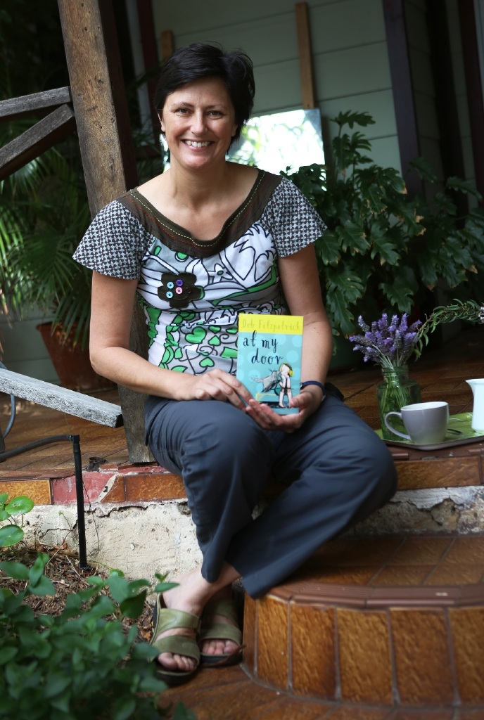 Author Deb Fitzpatrick with her new book.Picture: Matt Jelonek www.communitypix.com.au   d444197