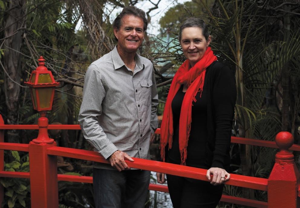 Mindfullness teacher Michael Sandford with Kylie Johnson of Mt Pleasant. Picture: Matt Jelonek www.communitypix.com.au   d441957