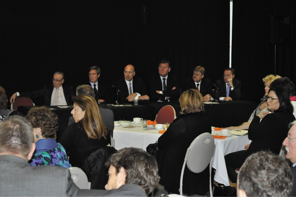 Mike Nahan (second from left) and Dean Nalder (third from left) at a Melville Cockburn Chamber of Commerce meeting last week.