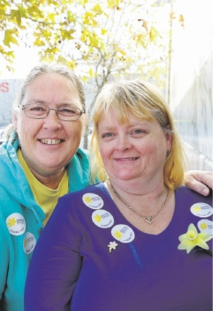 Daffodil Day volunteers  Paulette Butler and Mandy Jackson.  Picture: Martin Kennealey        www.communitypix.com.au   d441877
