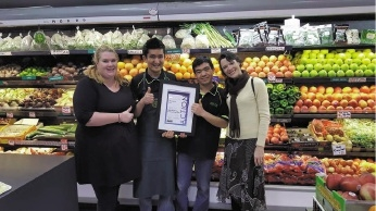 Jen Adele Schelfhout, Abdul Yusofi, Matt Alizhdeh and Lynda Goldschlager with the Action on Alcohol Award. Right: Save Swan View Fruit and Veg Shop representatives Mario Schmidt, Lynda |Goldschlager and Jen Adele Schelfhout with Tonya McCusker at the Awards.