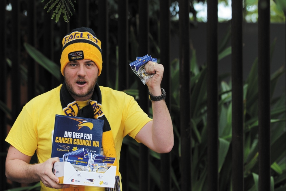 Stephen McCubbin will sell wristbands at the Eagles versus Western Bulldogs on August 23. Picture: Andrew Ritchie www.communitypix.com.au   d441391