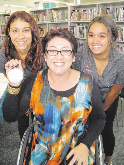 Coodanup College Year 9 students Amelia-Rose Dimer and Daneesha Lyndon with para-olympian Priya Cooper.