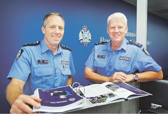 Inspector Mark Ridley and former South East Superintendent Darryl Gaunt at the |beginning of the six-month trial. Picture: David Baylis        www.communitypix.com.au   d408479
