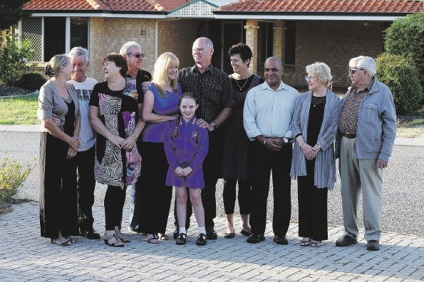 Pauline and Steve Lockwood, Brenda and Alex Kent, Sue and Bruce McInnes with daughter Georgia (8), Claire and David Dougherty, Denise Hallion and Ron Privilege are celebrating 25 years of being neighbours. Picture: Emma Goodwin          d437100