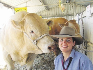 Joelene Bergsma with one of the bulls from the Beef Natural farm.
