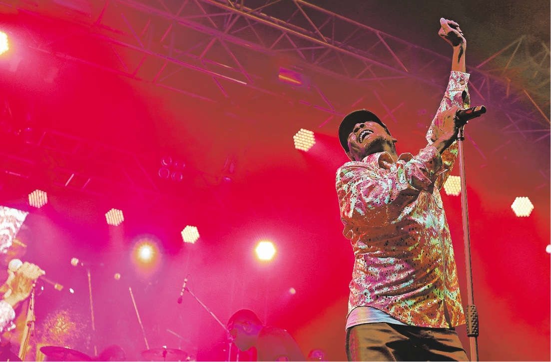 Jimmy Cliff in action. Picture: Elle Borgward