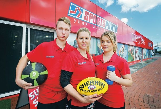 Main photo: Sportspower owner Julie Gilmore (centre) with staff members Jayden Rykers and Tamara Chester. Inset: CCTV images of the offender and the ram-raid vehicle. Main picture: David Baylis www.communitypix.com.au d427470