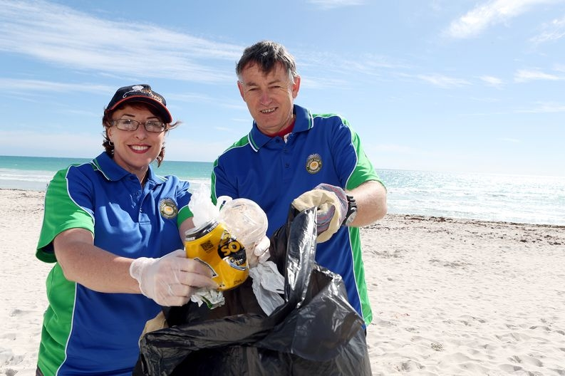 From Left: Sheryll Fisher, Stuart Holliday. The Joondalup Rotary Club are holding a beach clean-up in Mullaloo this weekend as part of Tangaroa Blue's statewide clean-up