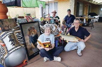 Joanne Dunne and Pete van Aarde (front) with Douglas Capper and Pat Dunne from the Rhodesian Association of WA. Picture: Emma Goodwin www.communitypix.com.au d426959