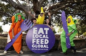 Volunteers Isabel Cullen, Susan Davidson, Kevin Moore, Rachel Currie and Mireia Guirao.