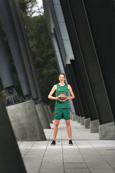 Natalie Burton will play with the Opals at the World Championships in Turkey this week. Picture: Andrew Ritchie www.communitypix.com.au d425370