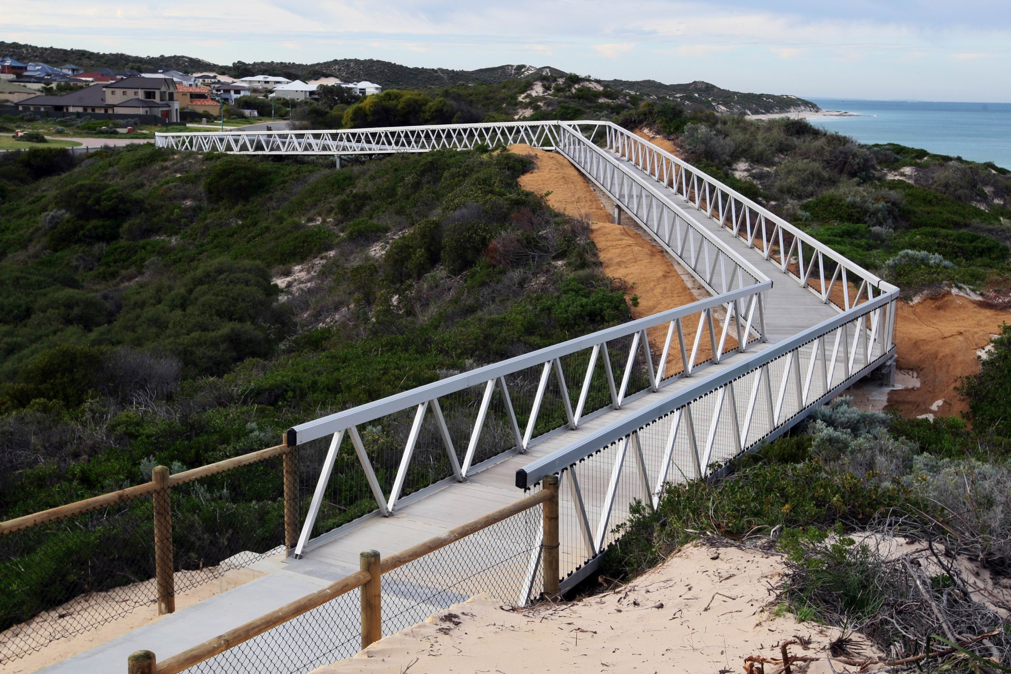 The controversial skybridge in Yanchep. d424417