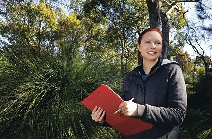 Urban ecologist and PhD candidate Ashleigh Wolfe is studying the impact of urbanisation on reptiles. Picture: Elle Borgward www.communitypix.com.au d424874