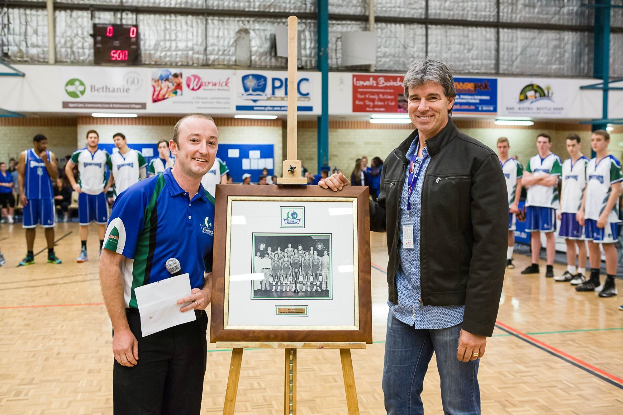 Chief executive Josh Nipps retires club legend Mike Ellis's number six jersey. |Picture: Christian Ingram