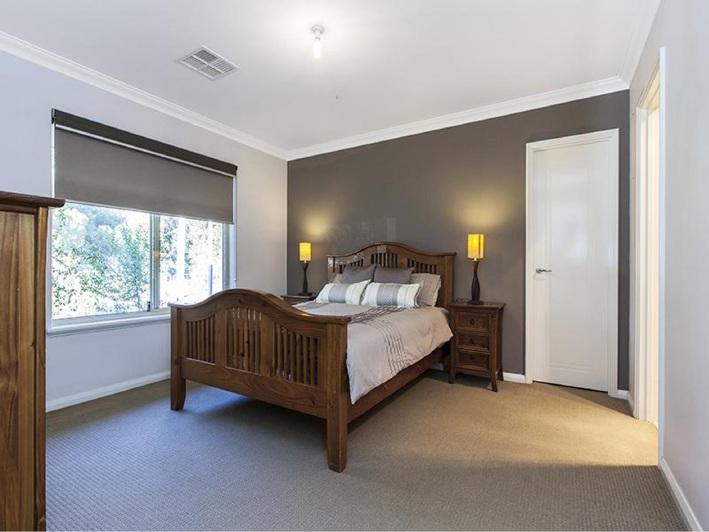Beeliar, 118 Fanstone Avenue – Offers
