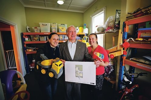 Carlisle/Victoria Park Toy Library's Luana Lisandro, Cr Keith Hayes and Lathlain Carlisle Playgroup's Jennifer Beer. Picture: David Baylis www.communitypix.com.au d422792