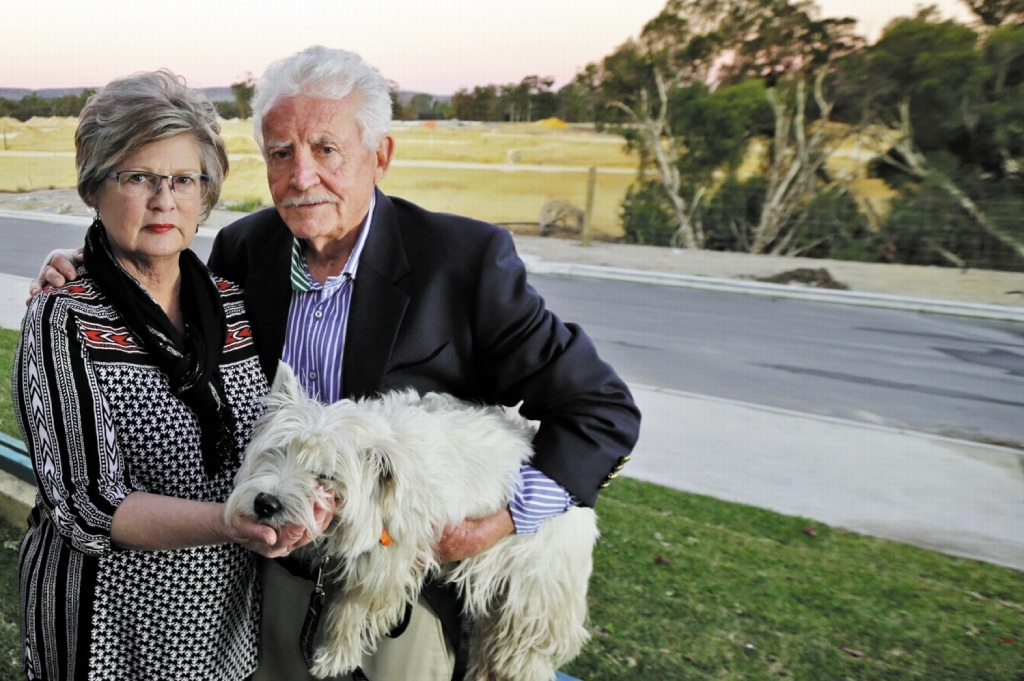 Dogs need to be kept on leashes in City of Joondalup bushland.