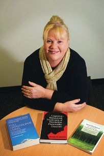 Sonia Neale has won the inaugural Hocking Fellowship to study borderline personality disorder.