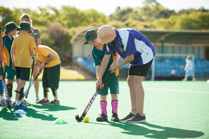 Chance to give hockey a go