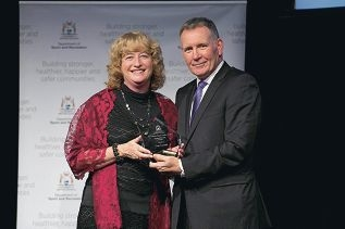 Sue Cowell with WA Sports Federation CEO Rob |Thompson.
