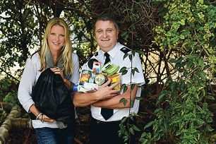 Salvation Army fundraising secretary Warren Palmer with One Bag appeal initiator Mhairi Flay. Picture: Marcus Whisson www.communitypix.com.au d421593