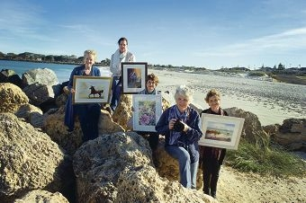 Susan Payne, Kass Gartner, Lorraine Gardner, Susan Moss and Ray Eastwood with works of art for the exhibition. Picture: Emma Reeves www.communitypix.com.au d420864