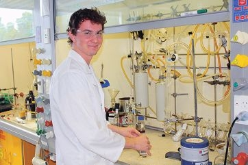Jeremy Duczynski at work in the University of WA laboratory.