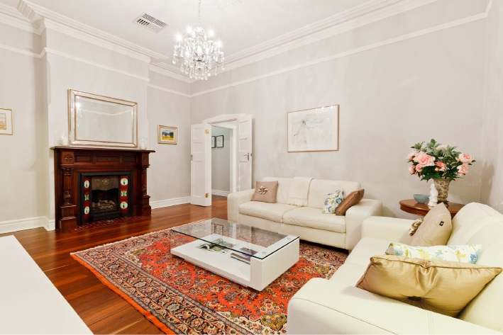 Menora, 31 Dumbarton Crescent – High $1 millions