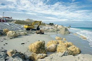 Foreshore protection works at Quinns Beach. Picture: Emma Reevesd420472