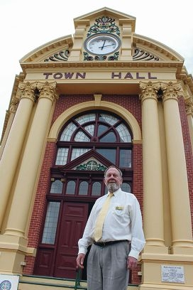 Former Shire of York chief executive Ray Hooper outside the York Town Hall.