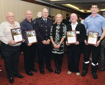 Peter Cole (on behalf of Eric Holst), Troy Cole, Chief Fire Officer Phil Hay, Wanneroo Mayor Tracey Roberts, John Leahy and Ricky Southgate.