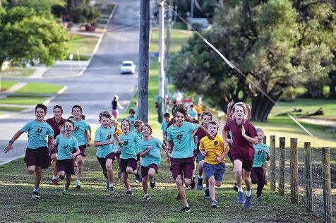 North Beach Primary School students enjoy their early morning run. Picture: Marcus Whisson www.communitypix.com.au d419627
