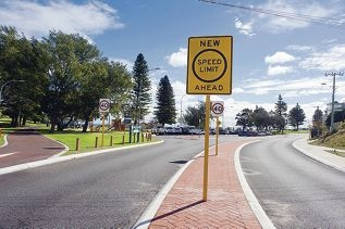 A sign advising of the new speed limit in Mullaloo. Picture: Emma Reeves d419479
