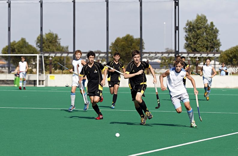 WA and NSW Under 15's hockey teams in action. Picture: Elle Borgward www.communitypix.com.au d418620