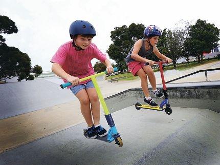 Oscar and Lachie Palmer, of Bedford, at Belmont Skate Park. Picture: Matt Jelonek d418971