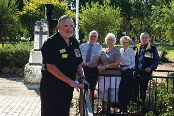 President Rolly Sweet, treasurer Malcolm Gow, secretary Gladys Shave and vice-presidents Joyce Harris and Bill Jones want younger veterans to join and attend Anzac Day services. d416901