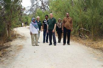 Wan Norshafiqah Binti Wan Shamsuddin, Syed Ali Akbar, Hanis Syafiqah and ECU lecturer Lukman Hakim Mahamod with Heather Chester and Kevin McLeod (in green). d417396
