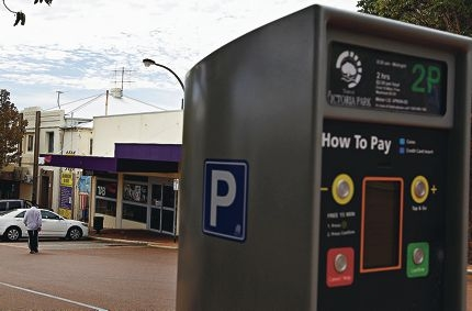 The TAB in Victoria Park is just one local business claiming to have suffered a downturn in trade since paid parking began. Picture: Elle Borgward www.communitypix.com.au d417937