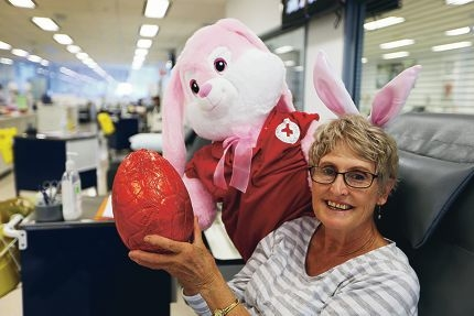 Perth resident Pat Sanders made her 150th donation and is calling for more donors this Easter break. Picture: Andrew Ritchie d417797