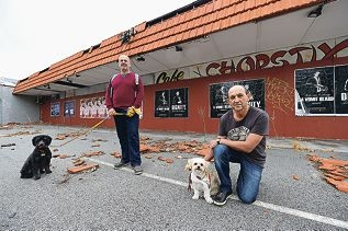 Inglewood residents Paul Stein and Bob Somerville in front of the abandoned Cafe Chopstix. Picture: Marcus Whisson www.communitypix.com.au d417723